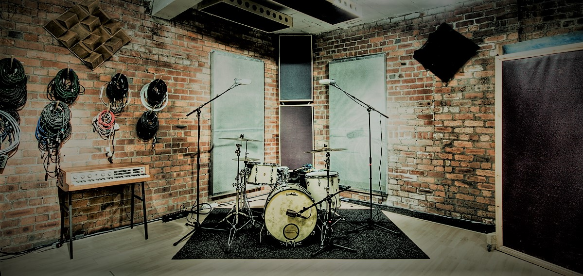 brick wall sound drums