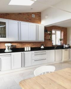 kitchen-brick-slips3