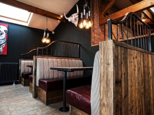 yummy-yorkshire-huddersfield-uk-stalls-olde-heritage